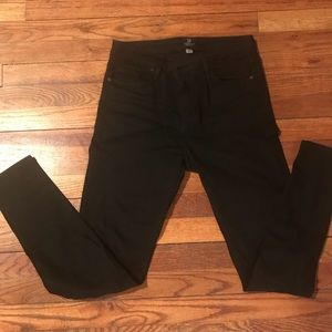 Just Black Midrise Jeans Size 28